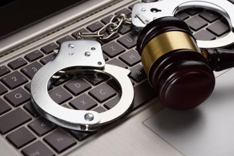 Arrest_crackdown-457x305