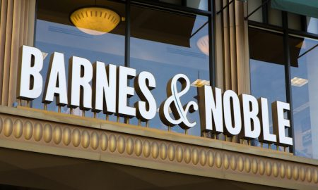 Barnes & Noble To Serve Beer, Wine, Food