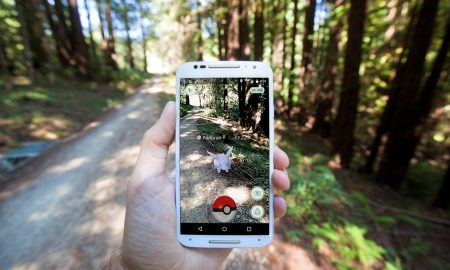 Is the smartwatch industry missing out on an opportunity to capitalize on the Pokémon GO craze?