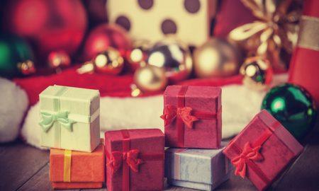 Millennials Peak Holiday Shopping