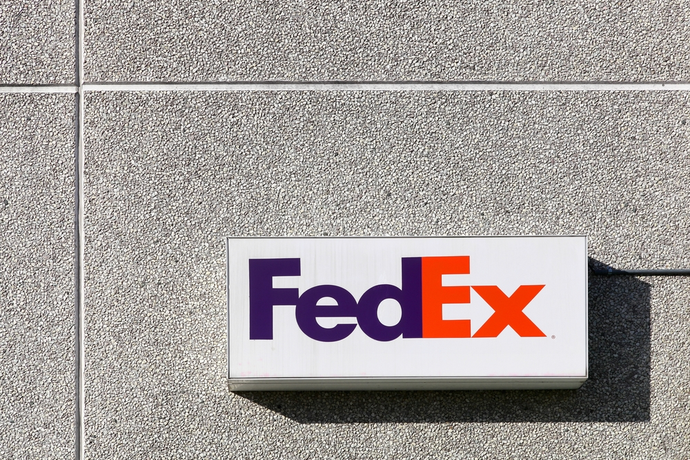 Soon you can pick up FedEx packages at Walgreens