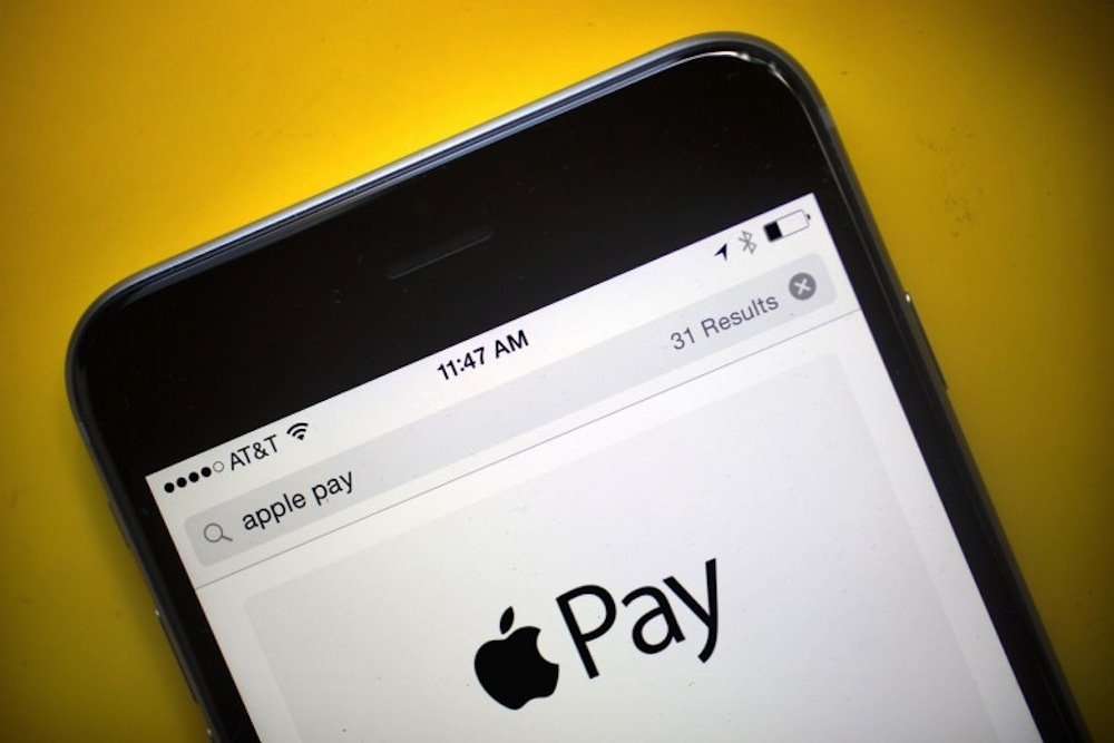 Aussie banks give ground in Apple Pay stoush