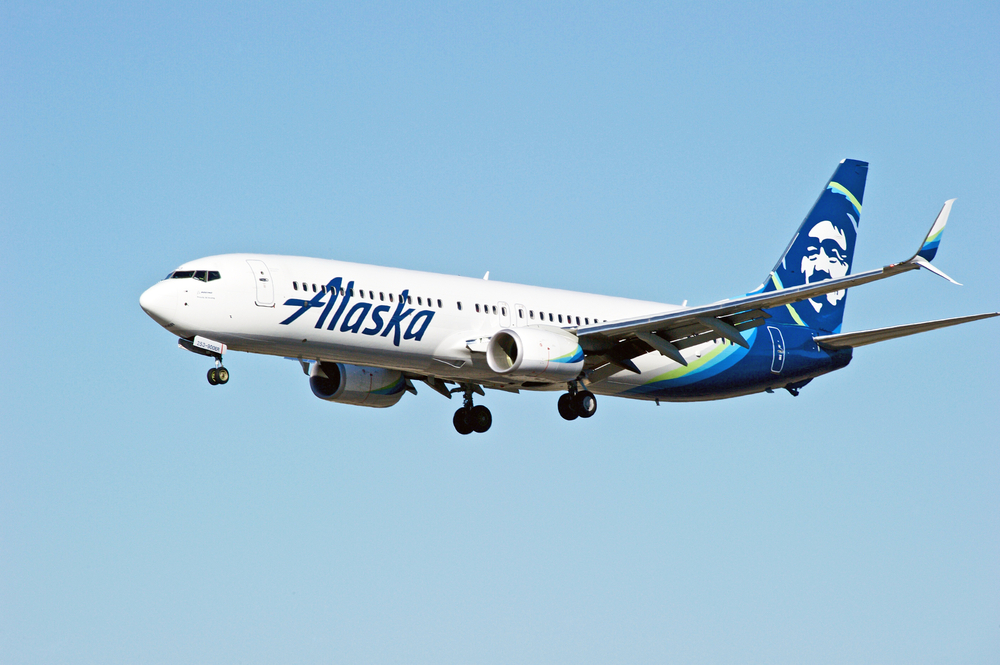 Alaska Airlines, Branson clash over licensing fees