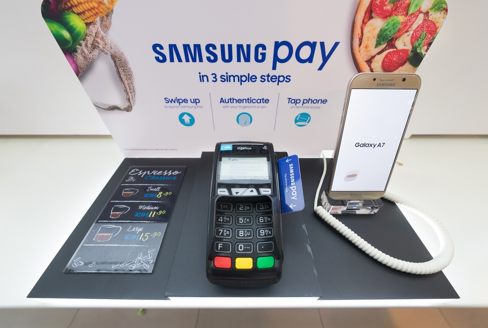 Samsung Made the Samsung Pay available to the non-Samsung phones also